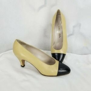 Chanel Classic Beige And Black Low Pumps Size 35.5